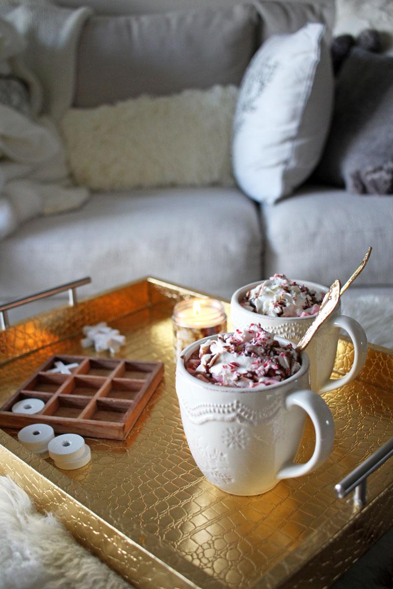hot-chocolate-cozy-christmas-decor-home-tour-farmhouse-decor-gold-decorative-tray