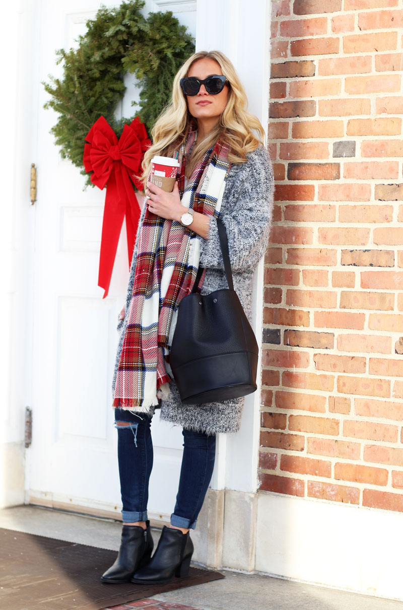 nordstrom-leith-gray-cardigan-plaid-scarf -starbucks-holiday-cup-dagne-dover-black-bucket-bag-vince-camuto-black-booties-hudson-jeans-winter-style 0b7264dec