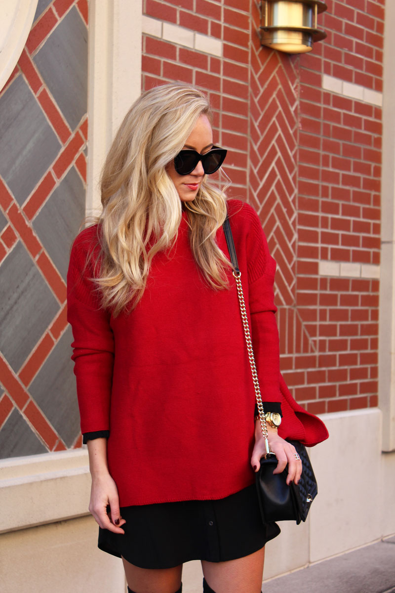 oversized-red-sweater-black-le-spec-sunglasses-holiday-style-blogger-winter-stylish