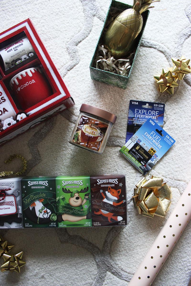 holiday-gift-swap-ideas-grab-bag-gifts-gift-card-mall-cards-hot-cocoa-grab-bag
