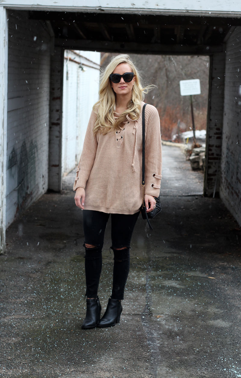 lace-up-knit-sweater-blogger-style-pinterest-stylish-ripped-jeans