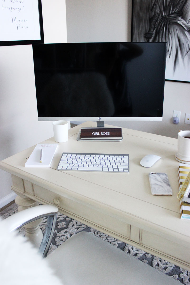 Simple-Office-Desk-Setup