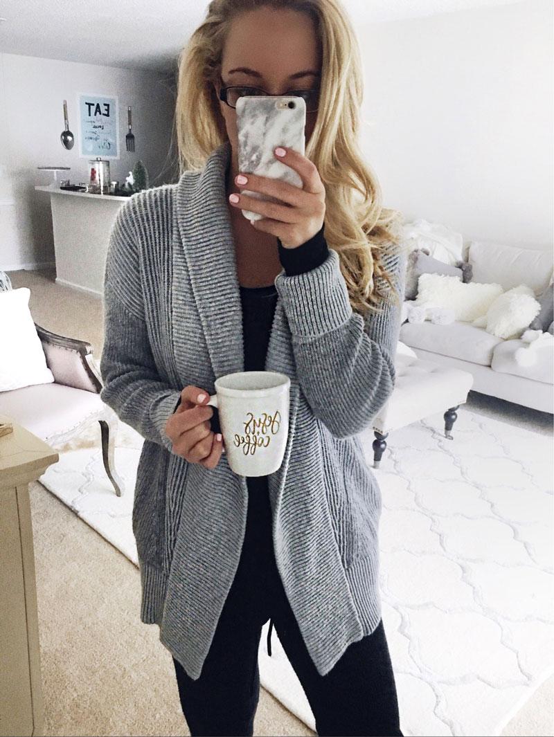 Cozy-Gray-Knit-Cardiga