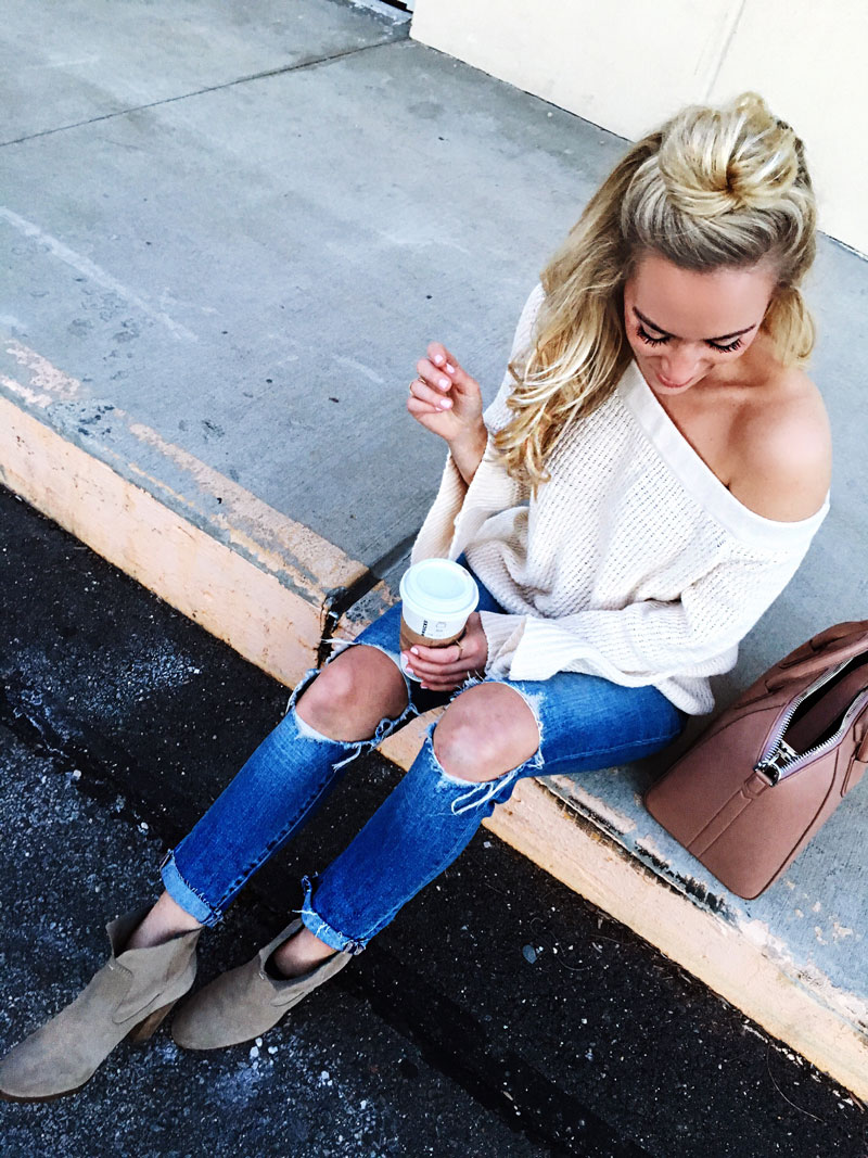 Levis-Ripped-Jeans