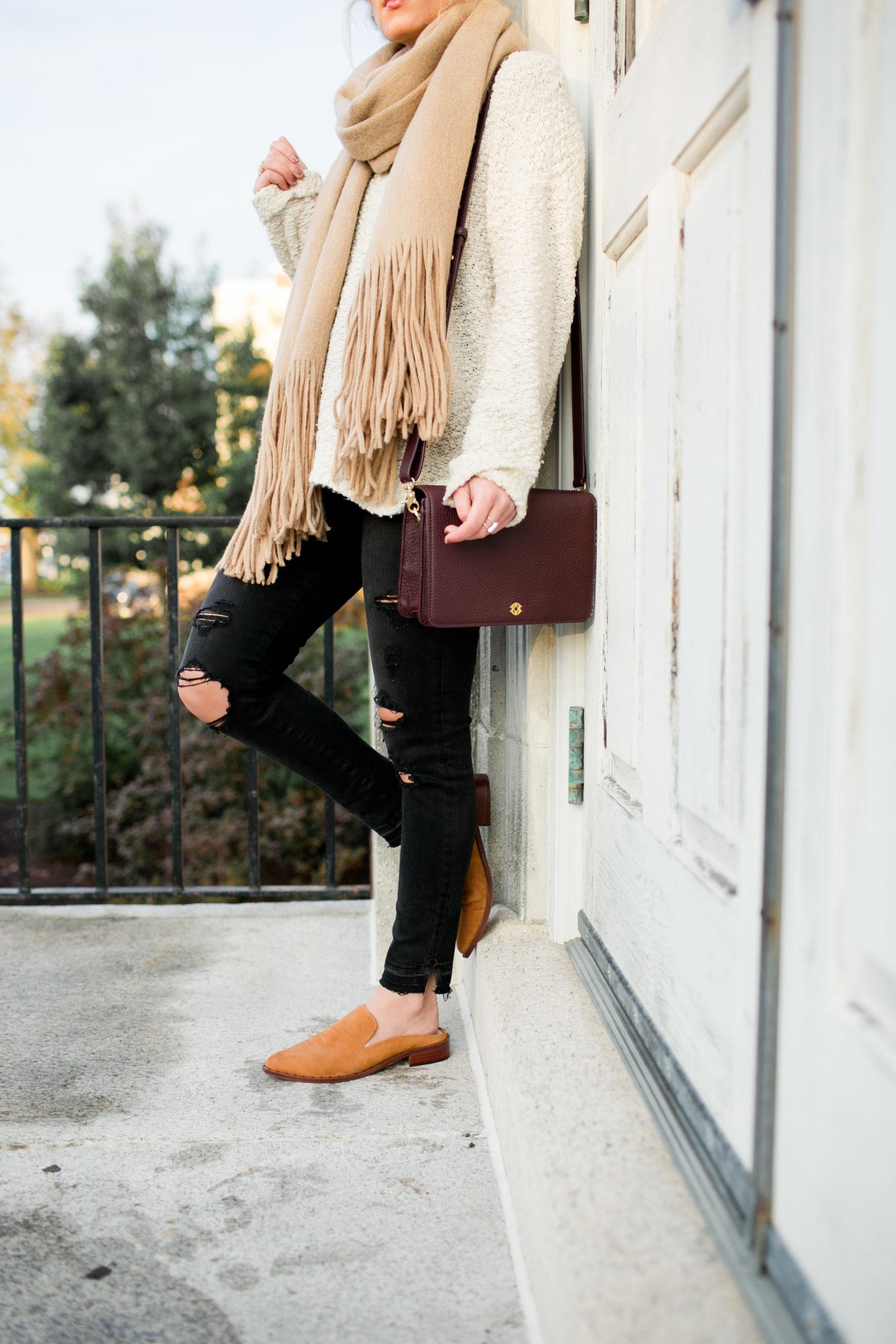 Maroon Handbag Slides Tan scarf
