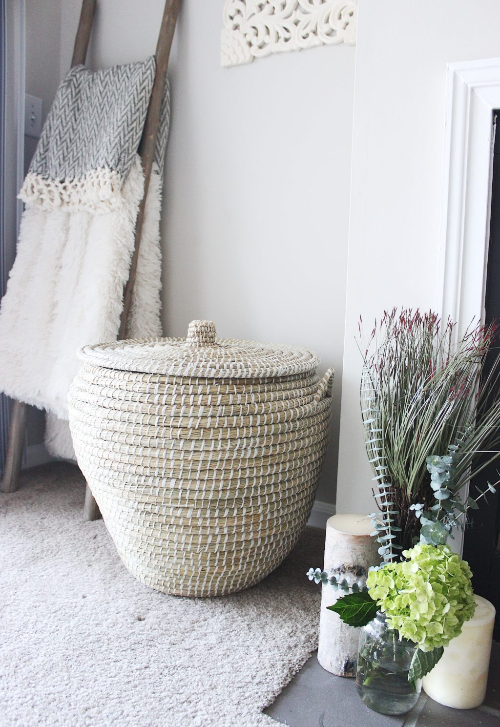 Moroccan floor basket blanket ladder