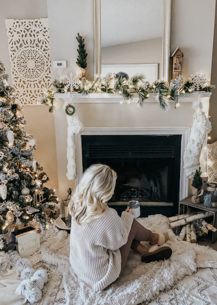 5 Tips for Decorating a Small Space for the Holidays